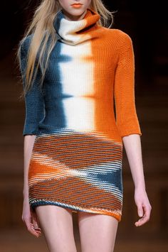 Christian Wijnants at Paris Fashion Week Fall 2013 - Details Runway Photos Knitwear Fashion, Knit Fashion, Fashion Outfits, Winter Trends, Moda Crochet, Christian Wijnants, Fashion Details, Fashion Design, Mode Style