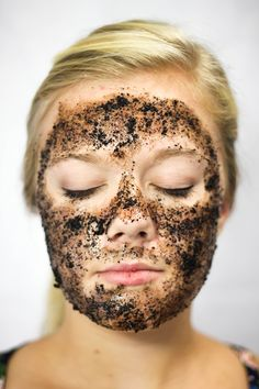 This will gently firm and tone your skin, minimizing pores and sloughing off dead skin so the fresh new skin underneath is revealed. Those with dry skin will want to follow the facial with a moisturizer. Mix 1/4 cup used coffee grounds and one egg white, combining well. Massage gently onto face, then allow to dry. Rinse off with warm water.