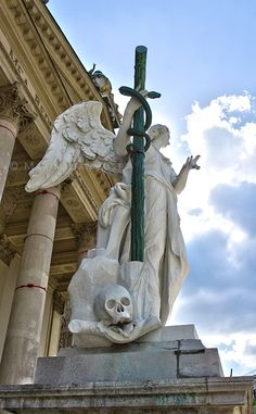 Fortitudo Angel - St. Charles's Church in Vienna (Photo: Maximilian Just)