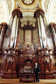 Methuen Memorial Music Hall Organ.  Boston, Mass.