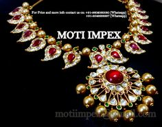 A true South India Mango Mala Necklace cum choker. Gold Real uncut diamond Polki with south sea pearls. For price and availability plz contact on: +91-9602060080 (whatsapp) motiimpex@gmail.com