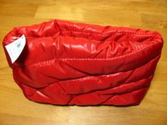 """LF Beauty Quilted Zippered Cosmetic Bag Red 8.5"""" x 5.5"""" x 2.5"""" . $8.99"""