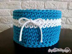 Szydełkowe Impresje  #crochet #handmade #diy #rękodzieło #minty #szydełkowanie #kosz #pink #bawełnianysznurek #cottoncord #knniting #druty #szydełko #mięta #róż #rug #carpet #4home #mylovelyhome #withpassion #4babies #scandi #scandinavianstyle #decor #decorating #roznosci #white #carnation #flowers #blue #impression #biala Cotton Cord, Scandinavian Style, Basket, Deco, Crochet, Pink, Jewelry, Fashion, Trapillo