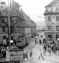 Suché mýto Bratislava, Old Street, Louvre, Street View, Country, Building, Places, Squares, Travel
