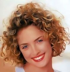 Medium curly/wavy hairstyles picture 10.