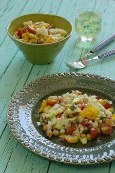 Cinco Quartos de Laranja: Salada de bacalhau com tomate e grão