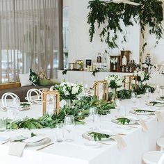 Crisp whites and lush greens!  . . Styling//@splashevents Photography//@blissphotographybyleah Venue// @sofitelnoosaweddings Flowers// @lilacsforlucy . . #weddinginspo #sunshinecoastwedding #sunshinecoastweddingstylist #weddingreception #sofitelnoosawedding #splashevents #noosawedding #sunshinecoastbrides