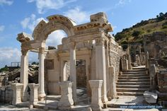 Kusadasi, Mansions, House Styles, Mansion Houses, Manor Houses, Fancy Houses, Palaces, Villas