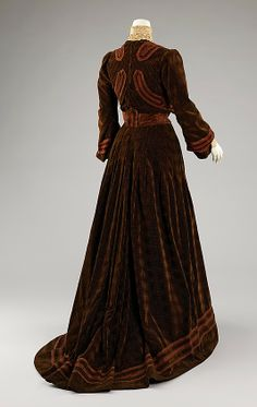 Afternoon dress by Jeanne Hallée, c. 1903, at the Met