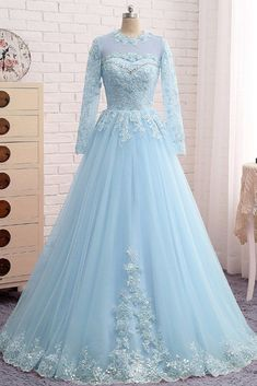 Spring Formal Dresses, Best Formal Dresses, Wedding Dresses Plus Size, Prom Dresses Blue, Formal Prom, Pretty Dresses, Bridal Dresses, Beautiful Dresses, Evening Dresses