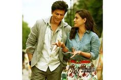 Sharukh's Confession. King Khan Sharukh Khan is quite professional which made him reach great heights in Bollywood. He is one of the leading and highest paid actors in Indian cinema. Bollywood Couples, Bollywood Stars, Bollywood Celebrities, Bollywood Fashion, Bollywood Actress, Bollywood News, Kajol Dilwale, Dilwale 2015, Shahrukh Khan And Kajol
