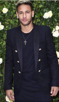 Neymar da Silva Santos Júnior commonly known as Neymar or Neymar Jr. is a Brazilian professional footballer who plays as a forward for French club Psg, Neymar Jr Wallpapers, Paris Saint Germain Fc, Neymar Brazil, Neymar Pic, Soccer Boys, Nike Soccer, Soccer Cleats, Soccer Girl Problems