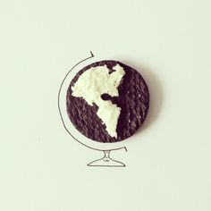 Artist Javier Perez creates inventive sketches from everyday objects *** the world is your oreo. Creative Illustration, Photo Illustration, Alex Solis, Performance Artistique, Everyday Objects, Everyday Items, Cartography, Crayon, Art Photography