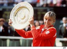 Martina Navratilova 1978, 1980, 1982, 1983, 1984, 1985, 1986, 1987, 1990 Wimbledon Champion