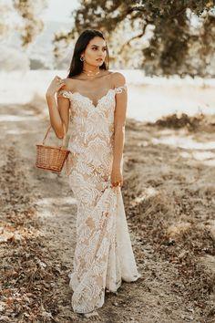 b85178f9c889 34 Best Tara Lauren Bridal images in 2019 | Bohemian wedding dresses ...