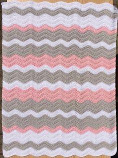Manta del bebé rizo rosa gris y blanco / Chevron bebé Manta /