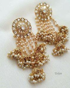 Indian Jewelry Earrings, Fancy Jewellery, Jewelry Design Earrings, Indian Wedding Jewelry, Indian Jewellery Design, India Jewelry, Bridal Earrings, Bridal Jewelry, Jewelery
