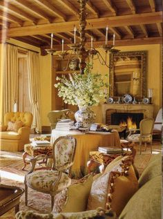 50 Awesome French Country Living Room Decor Ideas - Page 5 of 50 Living Room Decor Country, Living Room Decor Furniture, French Country Living Room, French Country Style, Living Rooms, Family Rooms, Country Life, Furniture Design, French Decor