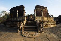 Ancient City of Polonnaruwa - Attraction - Polonnaruwa (Polonnaruwa/Sigiriya)