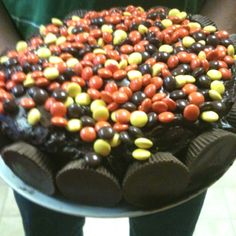 Reeses cake - just a pic no link