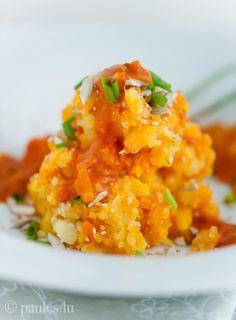 foodblog: paules ki(t)chen » Blog Archiv » • Kartoffelmöhrenstampf mit Tomaten-Kokos-Sauce