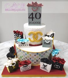 Gâteau pour une amoureuse du magasinage /// Cake for a shopping lover