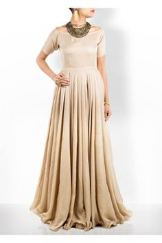 Self Crepe Off Shoulder Gown    #carma #carmaonlineshop #style #fashion #designer #indianfashion #indiandesigner #ankitajuneja #gown #couture #shopnow #indianwear #pretty #girly #onlineshopping #instashop #beautiful #outfitpost #ootd #ootn #partywear #eveningwear #whattowear #self #crepe #offshoulder #gown