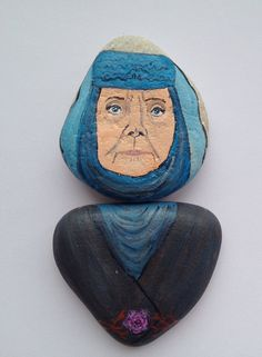 Oleanna Tyrell fridge magnet, painted on stones