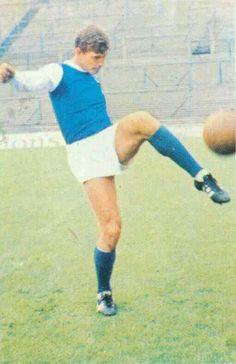 Don Megson of Sheffield Wed in Sheffield Wednesday Fc, 1960s, Football, Running, Sports, Soccer, Hs Sports, Futbol, Keep Running