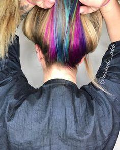 Hidden unicorn rainbow hair color pastel hair highlights, pastel hair dye, at home highlights Peekaboo Hair Colors, Subtle Hair Color, Hidden Hair Color, Cool Hair Color, Brunette Bayalage, Blond Ash, Hair Color Underneath, Rainbow Underneath Hair, Hidden Rainbow Hair