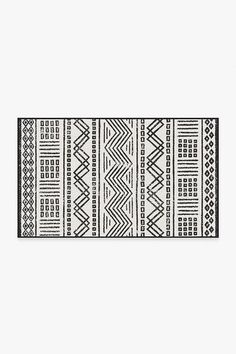 Outdoor Loma White Rug – Ruggable Hickory Kitchen, Machine Washable Rugs, Area Rug Runners, White Rug, Outdoor Areas, Colorful Rugs, Stripes, Rug Features, Black And White