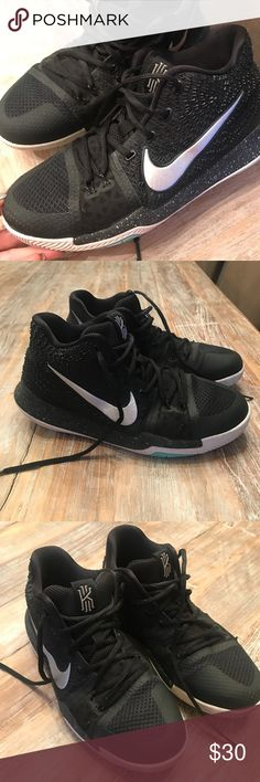 340966e3709 Boys Nike Kyrie Irving basketball shoes size 7 Y Boys Nike Kyrie Irving basketball  shoes size