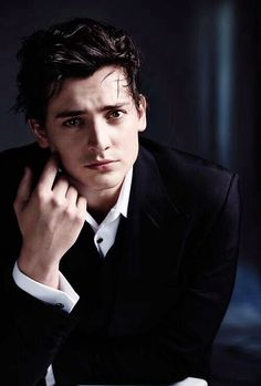 Aneurin Barnard - inspiration for George Phillips