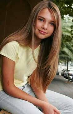 Indiana Evans, Danielle Campbell, Young Models, Blue Lagoon, Hair Beauty, Beautiful Women, Hollywood, Celebs, Actresses