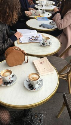 Coffee And Books, Coffee Love, Paris In December, September, Paris Summer, London Life, My Vibe, Life Inspiration, City Life