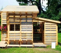 Kids playhouses or shed ,made from pallets .