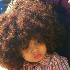 Oh my gawd this baby got some beautiful hair. Cute Black Babies, Beautiful Black Babies, Beautiful Children, Cute Babies, Precious Children, Foto Picture, Curly Hair Styles, Natural Hair Styles, Curly Kids
