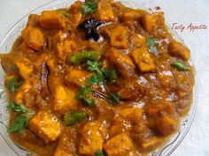 Kadai Paneer is a very tasty recipe. Learn how to make/prepare Kadai Paneer by following this easy recipe