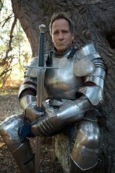 I do not have context for this photo of Mike Rowe in full-plate armor, I just think it looks badass. Medieval Knight, Medieval Armor, Medieval Fantasy, Armadura Medieval, Knight In Shining Armor, Knight Armor, Arm Armor, Body Armor, Plate Mail