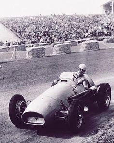 Alberto Ascari Ferrari Great Britain  Formula F Ferrari Racing