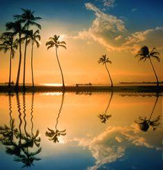 Lagoon, Honolulu, Hawaii.   #Travel-ParadiseDivine