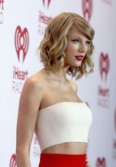 Taylor Swift Photos - 2014 iHeartRadio Music Festival - Night 1 - Backstage - Zimbio
