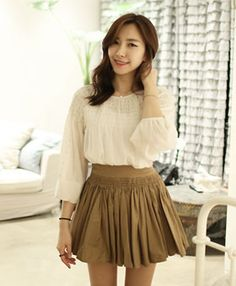 Today's Hot Pick :Shirred Frilly Skirt (30) http://fashionstylep.com/SFSELFAA0000784/elyscoen/out HelloElys is trendy women's clothing shop from Seoul, Korea which is the hottest fashion spot in Asia just now. We offer a fine selection of romantic and lovely outerwear, tops, and bottoms, etc. for your daily wardrobe with decent pricing and high quality you can trust. ( Model Size - Height: 170cm, Weight: 48kg, Top: S, Bottom: 24inch )