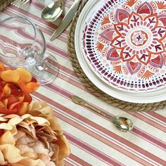 Ahhhhhh! When the weather warms up, decorating means easy summer tablescapes that elevates casual gatherings with friends and family, outdoor patios, and even become the centerpiece for other summer special celebrations. Waterproof Tablecloth, Spirit Of Summer, Red Orange Color, Summer Special, Pretty Patterns, Floral Centerpieces, Simple Elegance, One Color, Some Fun