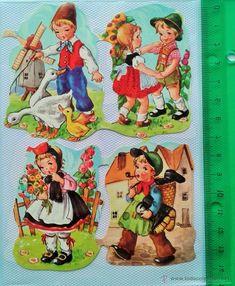EXCELENTES Y PRECIOSOS CROMOS TROQUELADOS - Foto 1 Vintage Baby Pictures, Vintage Images, Retro Toys, Vintage Toys, Christmas Decals, Dollhouse Miniature Tutorials, Collage Sheet, Vintage Children, Paper Dolls