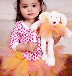 Ballerina via: http://spoonful.com/halloween/best-last-minute-kids-halloween-costumes-gallery