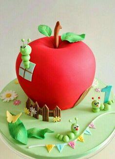 ** Dort - červené jablko **