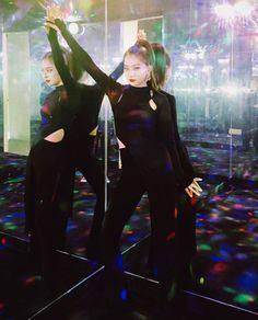 (5) Lulamulala (@Lulamulala) / Twitter Neo Soul, Red Velvet Seulgi, Red Velvet Irene, South Korean Girls, Korean Girl Groups, Seulgi Instagram, Kang Seulgi, Thing 1, Velvet Fashion