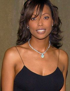 Aisha Tyler has actual talent. She's funny, and attractive, and versatile. And somehow, inexplicably, Halle Berry has an Oscar. The mind boggles.