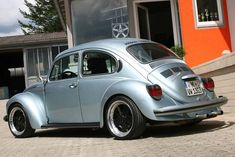 German Look Aircooleds - StanceWorks Coccinelle Volkswagen Vintage, Volkswagen Beetle Vintage, Volkswagon Van, Fusca German Look, Custom Vw Bug, Vw Super Beetle, Automobile, Vw Classic, Vw Cars